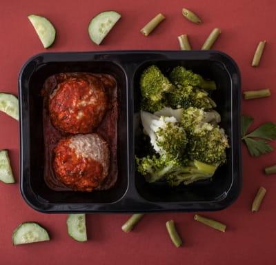 Тефтели мясные с капустой брокколи