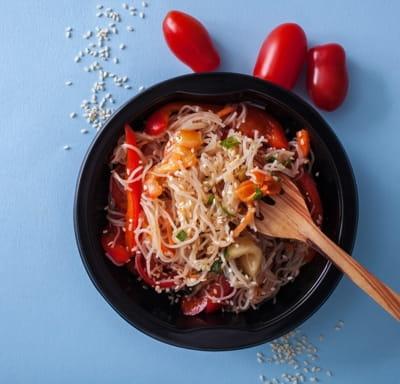 Салат Лапша Фунчоза с овощами