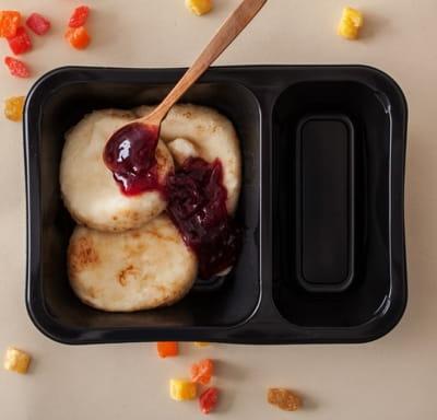 Сырники с ягодным джемом