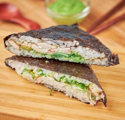 Суши сендвич с чуккой