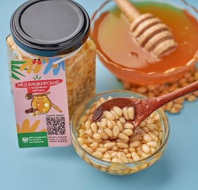 Мед цветочный с кедровыми орехами