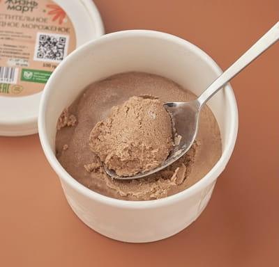 Растительное шоколадное мороженое