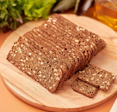 Хлебцы ржано-пшеничные с семенами